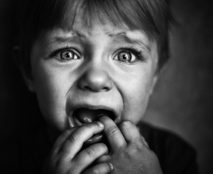 frightened_child_14694662